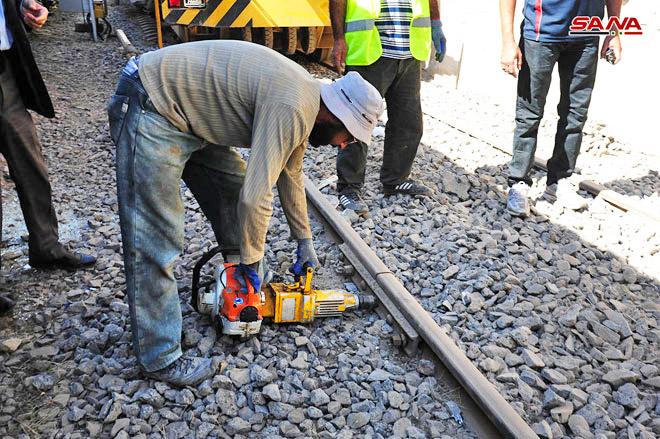 Завершаются работы по ремонту железнодорожной станции Аль-Кадам на южной окраине Дамаска